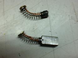 Grounding router spindle?-modded-brush-jpg