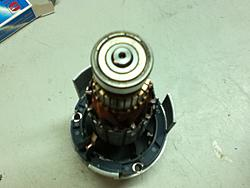 Grounding router spindle?-spindle-top-jpg