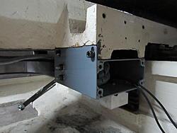 Hurco BMC20 Dynomotion Retrofit-cablecarrierjunctionbox1-jpg