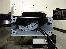 Hurco BMC20 Dynomotion Retrofit-cablecarrierjunctionbox2-jpg
