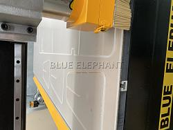 Australia customer bought ELE1325 CNC Router for acrylic working-43beecd0d319fbede81157f59b99362_-jpg